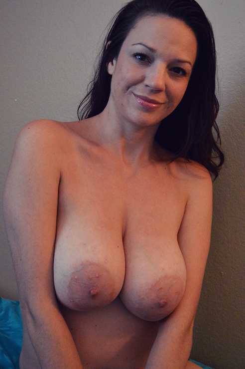 Check it out guys. I have this big titty MILF coming soon. Shot some video and photos of her.