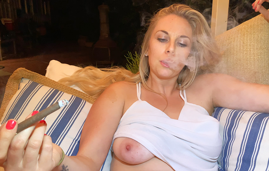Hot free video of me smoking outside